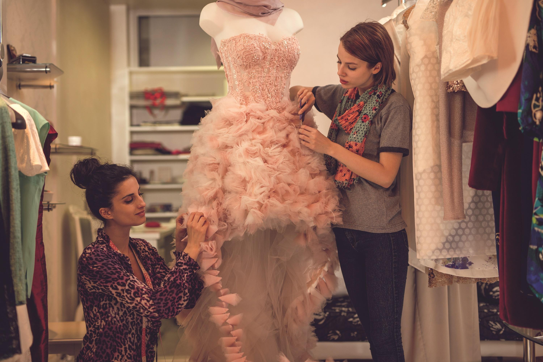 Indian Fashion Designers Showcasing Their Talent On International Platforms Indianmirror Magazine